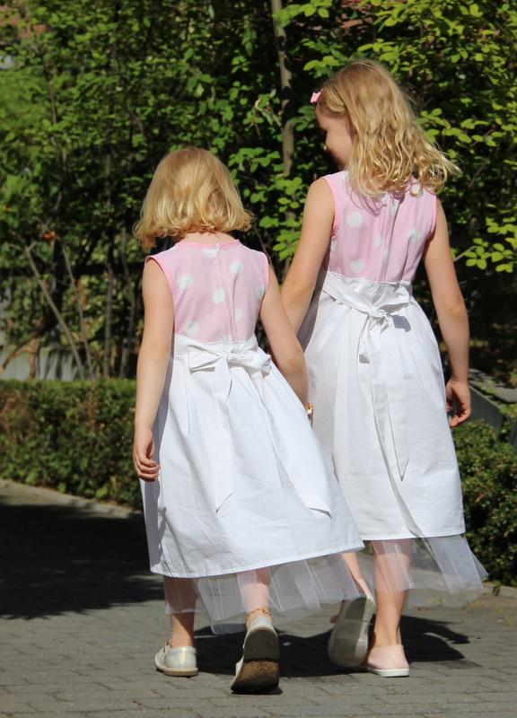 Kleidchen für die Hochzeit