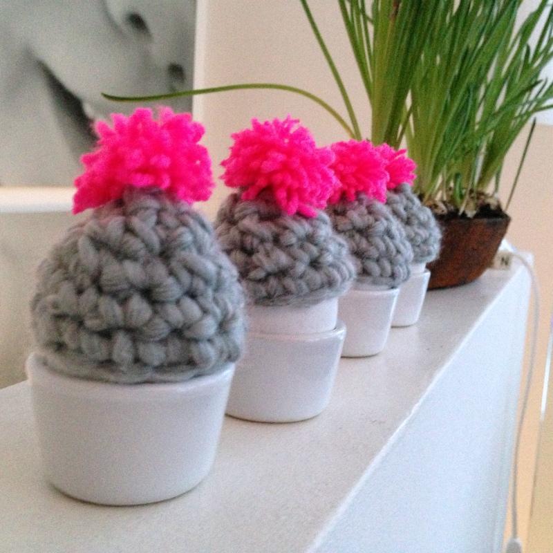 Mützen Mützen Mützen Eierwärmer In Grau Und Pink Neuer Stoff