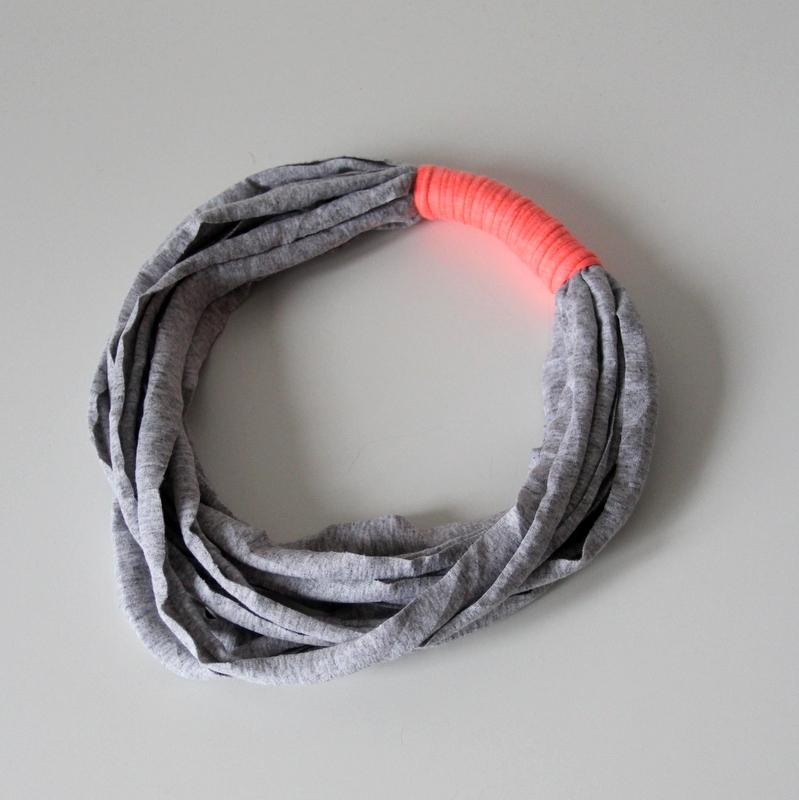 Wickelkette knobz grau mit neon-orange