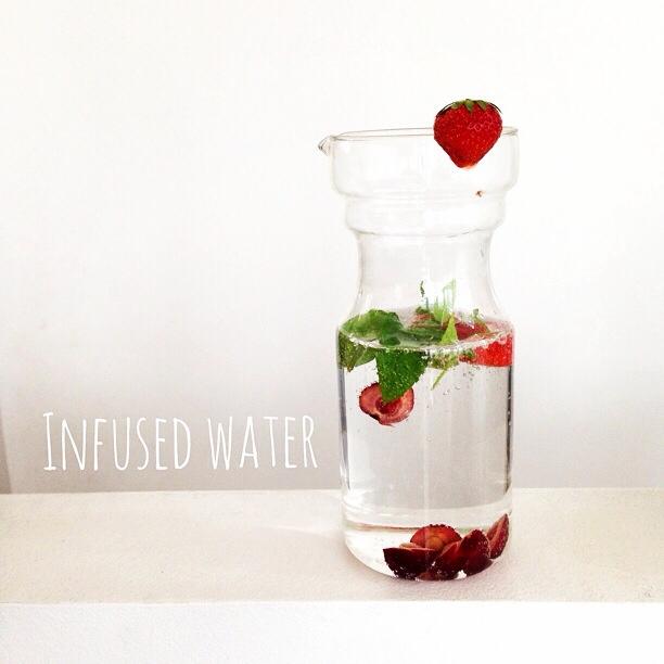 Infused water - natürliche AromenInfused water - natürliche Aromen