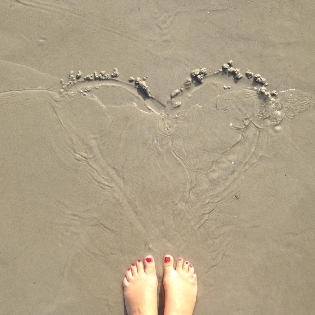 Ostsee Liebe - Herz im Sand 1