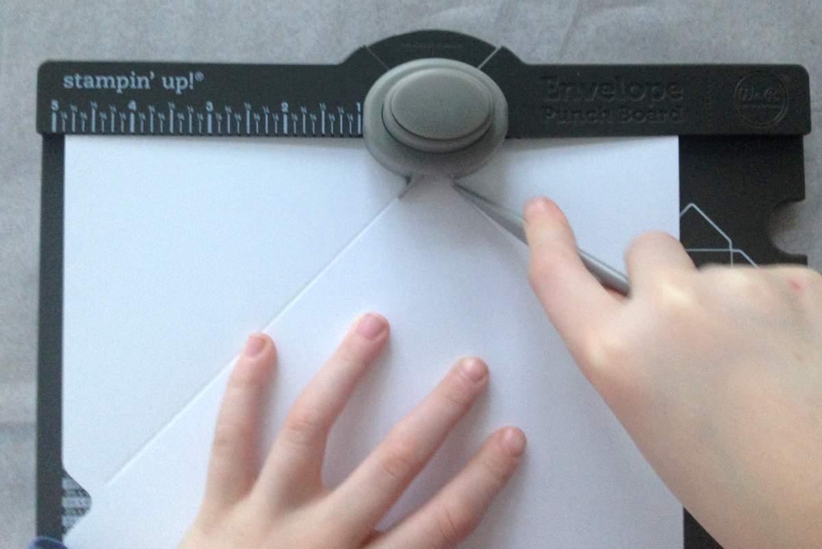 Briefumschläge selber machen - envelope punch board (4)